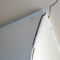 Cornice-and-Ceiling-Plaster-cracks