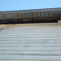 Soffit-and-Gutter-in-Poor-Condition