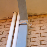 Un-Secured-Downpipe-Bracket